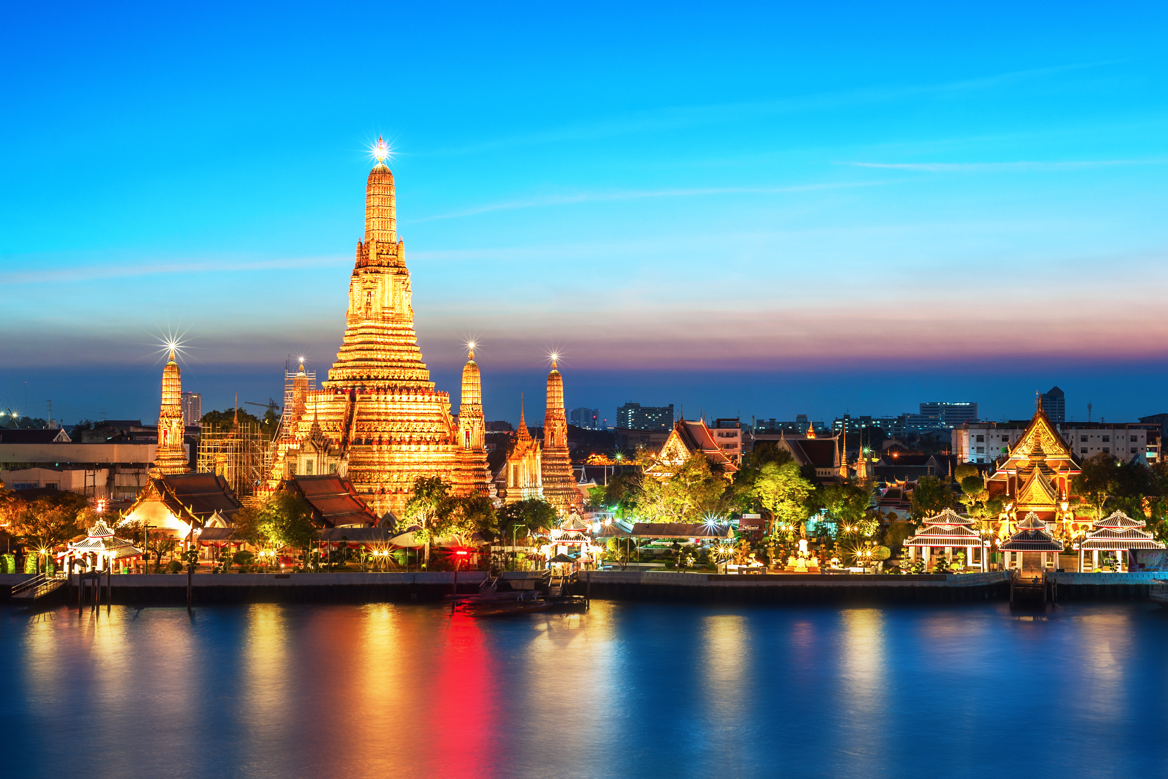 Bangkok Trasit Tour Magnificent Architecture Calming